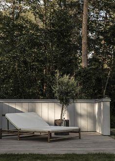 Tour a Modern, Warm and Minimal Scandinavian Home - Nordic Design Wooden Cladding, Wooden Panelling, Interior Design Work, Interior Exterior, Cabin Style Homes, Terrazo, Exterior Cladding, Outdoor Living, Outdoor Decor