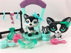 Littlest Pet Shop RARE Pair of Black & White Dogs #2246 & #2245 w/Accessories #Hasbro