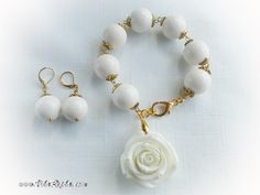 White Coral Set, coral bracelet and earrings with big white resin flower by #VikaRepka. SOLD