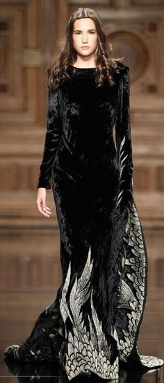 Tony Ward Fall 2016 Couture                                                                                                                                                     More
