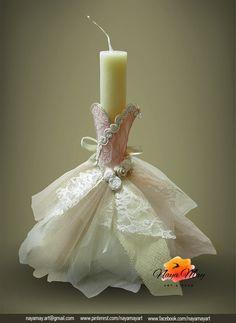 '' Εαρινό Βαλς '' Πασχαλινή Αρωματική Λαμπάδα. Υφάσματα από οργάντζα, τούλι, γάζα, δαντέλα. Χειροποίητα τριανταφυλλάκια, τρέσα ρεγιόν, σατέν κορδέλα, στρας. Rakhi Cards, Wedding Unity Candles, Palm Sunday, Candels, Candle Centerpieces, Coastal Decor, Easter Crafts, Decoration, Happy Easter
