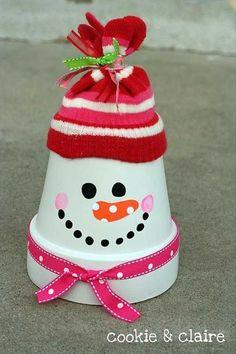 45 Spending Budget-Friendly Last Minute DIY Christmas Decorations   Decorismo