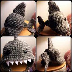 shark hat for cat