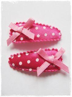 haarspeldjes fuchsiaroze met stippen en roze strikjes