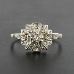 French Art Deco Platinum and White Gold Diamond Ring 5