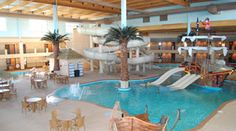 mini-cation with kids.  Des Moines Hotels | Indoor Water Parks| Ramada Tropics Resort | Iowa