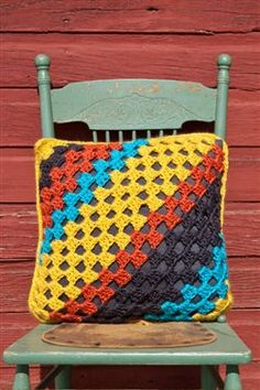 Biased Granny Pillow - Media - Crochet Me-Would love to be able to make this-BEAUTIFUL