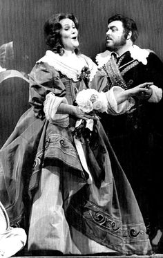 Luciano Pavarotti and Joan Sutherland in I Puritani ahh her dress! And of course, their singing ~ Joan Sutherland, Actor Studio, Metropolitan Opera, Opera Singers, Types Of Music, Concert Hall, Vintage Photographs, Classical Music, Opera House