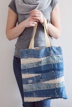 Bags & Handbag Trends: # jeans reform # bags # jean # putting - Home PageJean scrap bag with lace!denim and lace patchwork tote bagUse jeans scraps for this!Bags are looking so nice in fascinating oneself.I absolutely love this - Salvabrani Denim Handbags, Denim Tote Bags, Denim Purse, Denim Bags From Jeans, Diy Jeans, Men's Jeans, Sewing Jeans, Sewing Clothes, Diy Clothes