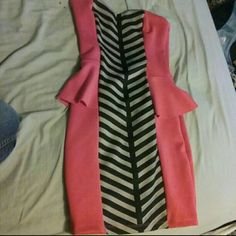 Fancy party dress *ASK FOR BUNDLES AND PRICE NEGOTIATONS* (: I can give you a better price on ?ercari Dresses Strapless