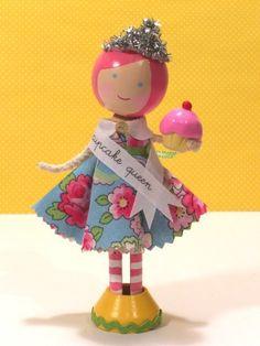 cupcake queen -  hot pink