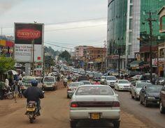 Isomman luokan riskitekijä, liikenneruuhkaa Kampalassa Uganda, Times Square, Street View, Travel, Tanzania, Viajes, Trips, Traveling, Tourism