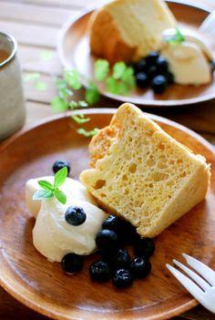Coconut Oil Chiffon Cake ココナッツオイルでしっとりシフォンケーキ