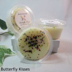 Butterfly Kisses: As sweet as a smile, hug and gentle kiss. A soft, sweet floral fragrance mixed with summery breeze.  www.Waxmosphere.com