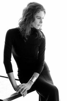 Ebru Özkan Woman Crush, Female Art, Gun, Crushes, Faces, High Neck Dress, Actresses, Stars, Women