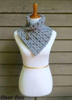 Ravelry: Margaret Button Cowl pattern by Fiber Flux / Jennifer Dickerson Crochet Cowl Free Pattern, Crochet Motifs, Crochet Buttons, Crochet Shawl, Free Crochet, Knit Crochet, Crochet Patterns, Crochet Granny, Stitch Patterns