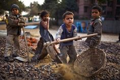 child-labour_1570360i