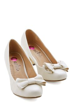 Paving Grace Heel - Cream, Solid, Bows, Wedding, Bridesmaid, Bride, Mid, Faux Leather, Good, Party, Daytime Party, Graduation, Top Rated