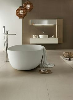 Ultra thin laminated stoneware wall/floor tiles SLIMTECH ARENARIA by LEA CERAMICHE #interiors #minimal #lamp #bathroom