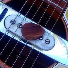 #fender #redondo  #instagram #ideas #idea #picture #art #original #100%  #organic #chemicalfree #biodegradable #natural #custom #luxury #guitarpicks #plectrum #tonemaker #lifestyle #handmade #guitaraccessories #musicianaccessories