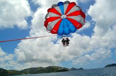St. Thomas Pictures – SUP, Parasailing, Relaxation!  We had a TON of fun in St. Thomas. I'm still recouping, so for today please enjoy these pictures. I didn't really use my camera and used my iPhone for nearly all of my photos, so sorry about all of the Instagram pictures.