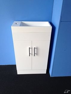 wow!!! small vanity to save your bathroom space   Trade Me