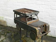 Extraordinary Authenticity in 41 Barbecue and Grill Design Ideas For Your Parties homesthetics grill barbecue design ideas Metal Art Projects, Welding Projects, Metal Crafts, Design Barbecue, Grill Design, Fire Pit Bbq, Fire Pits, Fire Grill, Scrap Metal Art