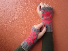 Free Shipping Knitted Fingerless Gloves Gray Gloves by Serbiangirl
