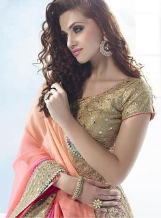 Online Buy Party And Wedding Best Sarees Below In Noida Online Party And Wedding Best Sarees Below In Faridabad Online Chiffon Best Sarees Chiffon Saree, Party Wear Sarees, Single Piece, Saree Wedding, Indian Girls, Wedding Designs, Blouse Designs, Peach, Sequins