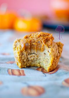 Pumpkin pie-filled pumpkin muffins!