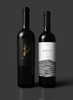 Juan Jose Montes on Behance Wine Bottle Design, Wine Label Design, Wine Bottle Labels, Beer Labels, Food Packaging Design, Coffee Packaging, Bottle Packaging, Etiquette Champagne, Wine Photography