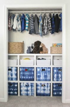 Closet space is at a premium in anyone's home, so let's get started with our round up of DIY closet organizing ideas & projects!