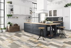 16 Smart Kitchen Decorating Ideas for Changing Vibration Space! - Page 10 of 16 Kitchen Tiles, Kitchen Decor, Loft Kitchen, Kitchen Floors, Smart Kitchen, Open Kitchen, Bathroom Flooring, Kitchen Stuff, Wood Look Tile
