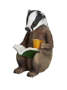 Don't badger me while I'm trying to read!  #readingpets writersrelief.com/