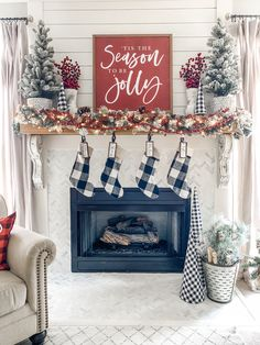 [orginial_title] – Stacey Collections Christmas mantel decor using buffalo check! Christmas mantel decor ideas using buffalo check! Farmhouse Christmas Decor, Rustic Christmas, Red Christmas, Christmas Stockings, Christmas Trees, Beautiful Christmas, Simple Christmas, Diy Christmas Home Decor, Buffalo Check Christmas Decor
