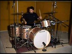 Drum Solo, John Bonham, Drum Lessons, How To Play Drums, Double Bass, Music School, Guitar Building, Clarinet, Drummers
