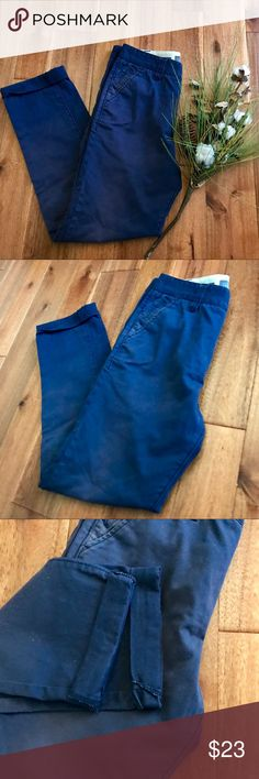 Hawkings McGill blue skinny chinos size 29/30 EUC These blue skinny chinos from Hawkings McGill (Urban Outfitters) is a great basic addition to any closet. Bundle with other items from my closet for the best discount! Hawkings McGill Pants Chinos & Khakis
