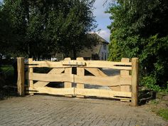 Toegangspoort Kleverkamp onbekant - Lilly is Love Farm Gate, Farm Fence, Dog Fence, Driveway Gate, Fence Gate, Country Fences, Porch Addition, Garden Stand, Wooden Gates