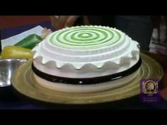 Quenary Academy - Clay Art Cream Cake Decoration DEMO - Advanced 2
