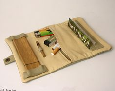 what? Roll pouch? I want!!