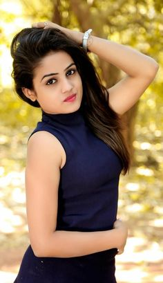 Beautiful Indian girls and actress thunder thighs sexy legs images and sexy boobs picture and sexy cleavage images and spicy navel images an. Beautiful Girl Photo, Beautiful Girl Indian, Beautiful Indian Actress, Most Beautiful Women, Stylish Girl Images, Stylish Girl Pic, Cute Beauty, Beauty Full Girl, Dehati Girl Photo