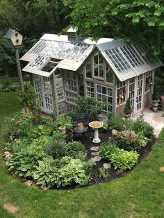 Dream drool greenhouse slobber oh my dream greenhouse for sure! drool slobber creating a beautiful backyard garden landscaping design ideas 21 backya backya backyard beautiful creating design garden ideas landscaping Garden Types, Diy Garden, Dream Garden, Garden Art, Wooden Garden, Indoor Garden, Shade Garden, Potted Garden, Garden Water