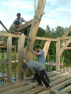 Timber frame raising by Castle Ring Oak Frame