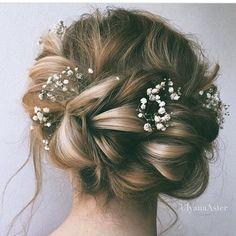 Pretty the #alternativeflowercrown #braid #bridalhair #weddinghair…