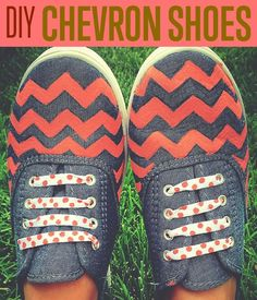Chambray Chevron Tennis Shoes | A fashionable way to up your old shoes. #DiyReady www.diyready.com