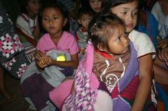 Har du hørt om Masker for Burma? Dette er navnet på et av nødhjelpsprosjektene til non-profit organisasjonen Hvite Lilje. En organisasjon som jobber med å bygge barnehjem, primært i Burma.