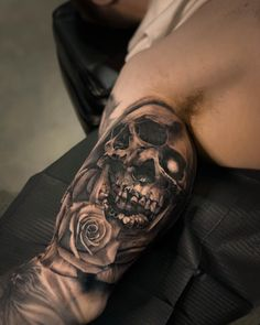 Award winning Vancouver & Toronto tattoo shop and piercing. Working with the best tattoo artists in the world