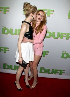 Bella-Thorne-The-Duff-Premiere-Hollywood-3 Bella Thorne, The Duff, In Hollywood, Cheer Skirts, Leather Skirt, Singer, Actresses, Fashion, Movies