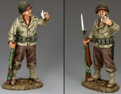 World War II U.S.Infantry Divisions DD243 U.S. 1st Infantry Division Cheers - Made by King and Country Military Miniatures and Models. Factory made, hand assembled, painted and boxed in a padded decorative box. Excellent gift for the enthusiast.