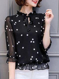 Sleeve Tie-neck Girly Polka Dots Chiffon Plus Size Blouse – Mode für Frauen Blouse Styles, Blouse Designs, Modest Fashion, Fashion Dresses, Fashion Blouses, Casual Dresses, Casual Outfits, Lace Dresses, Plus Size Blouses